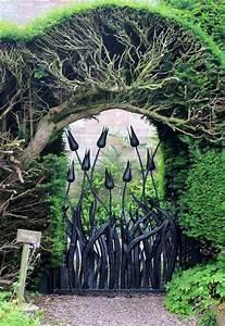 22, Beautiful, Garden, Gate, Ideas, To, Reflect, Style