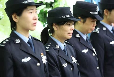 两警察保护群众牺牲