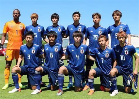 中国足球队vs日本