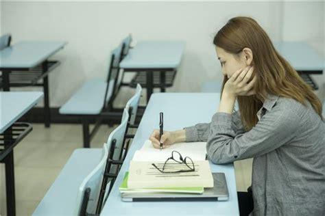 如何安排在职研究生考试的备考