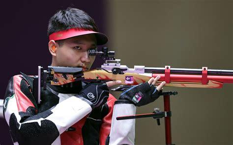 杨皓然摘得男子10米气步枪铜牌