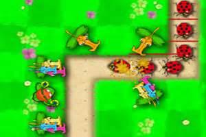 植物大战虫子游戏