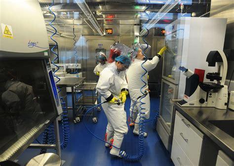 武汉p4实验室女所长
