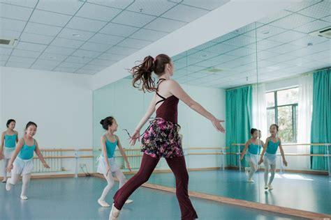 舞蹈培训学校