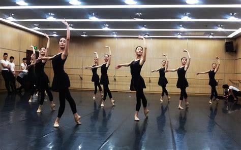 舞蹈培训老师